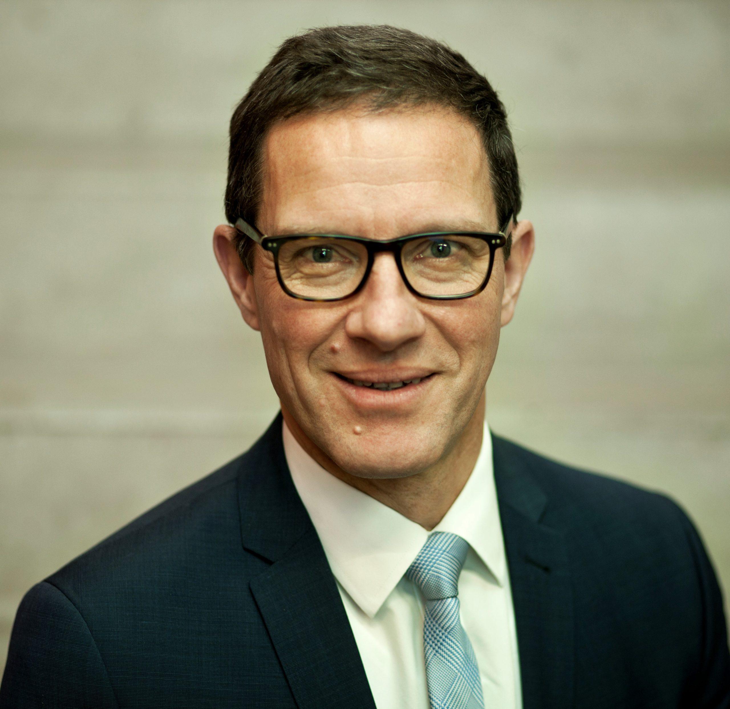 Prof. Dr. Kai-Oliver Schocke