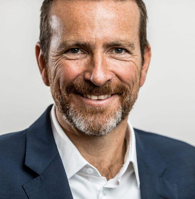 Dr. Stefan Anschütz